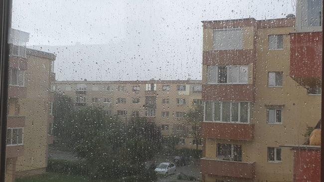 ploaie turda
