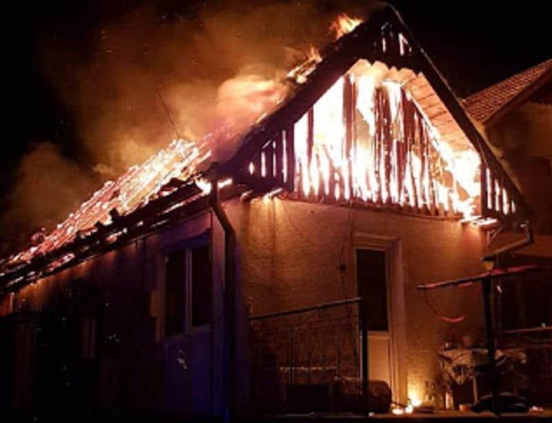 incendiu casa scrum