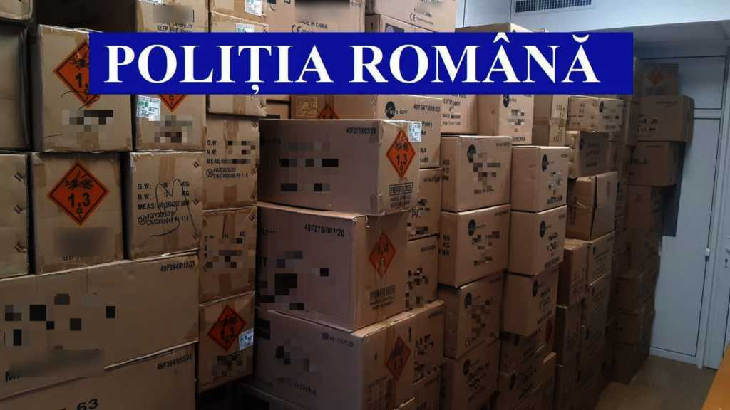 MATERIALE PIROTEHNICE CONFISCATE censored