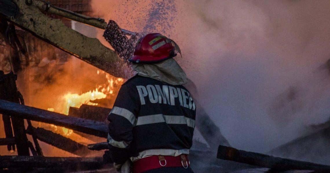 pompier-incendiu-1